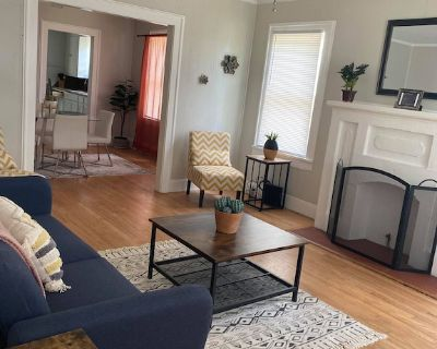 Convenient city stay with a cozy vibe - Highland Historic District