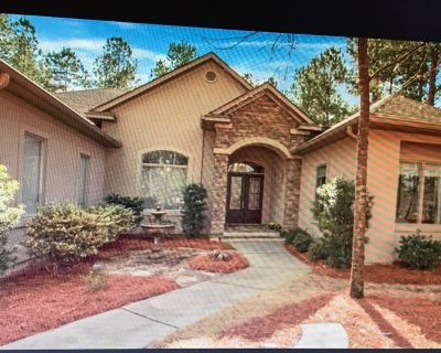 Stunning one-story contemporary home situated on the Mt. Vintage golf course. - North Augusta