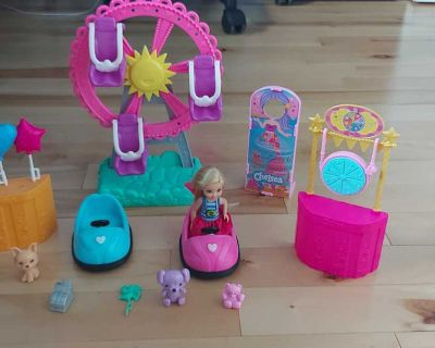 Barbie Club Chelsea Doll and Carnival Playset