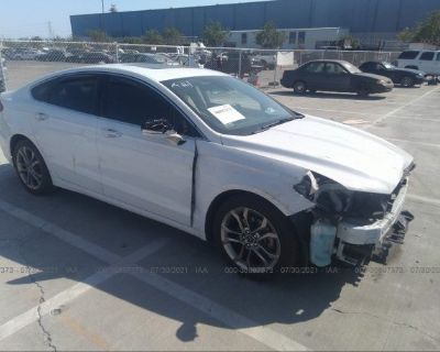 Salvage White 2019 Ford Fusion