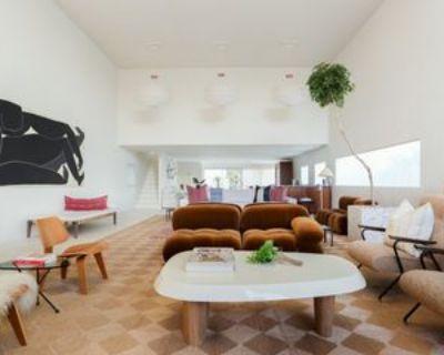 200 S Venice Blvd, Los Angeles, CA 90291 2 Bedroom Apartment
