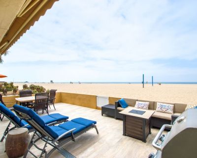 Two Master Suites, four bedrooms, four bathrooms. - West Newport