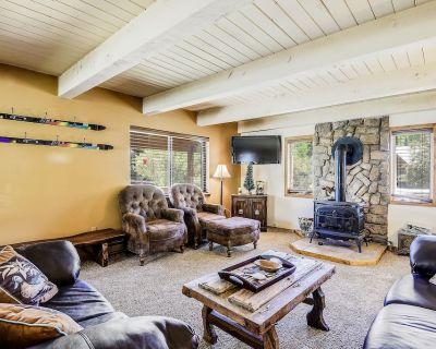 Large, riverfront home w/ furnished deck & riverside firepit - minutes from town - San Juan River Village