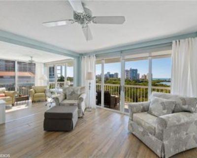 5501 Heron Point Dr #501, Pelican Bay, FL 34108 2 Bedroom Condo