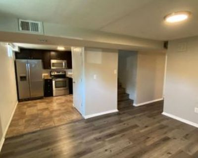 2215 Reed Dr, Lakewood, CO 80214 3 Bedroom Apartment