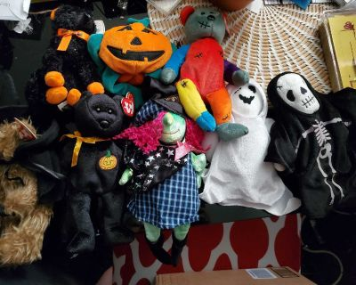 New Halloween ty beanie bundle collection