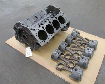 Nos Ce 1969 Z28 Camaro Dz 302 4 Bolt Block, Rods & Pistons 3970010 010 3927172