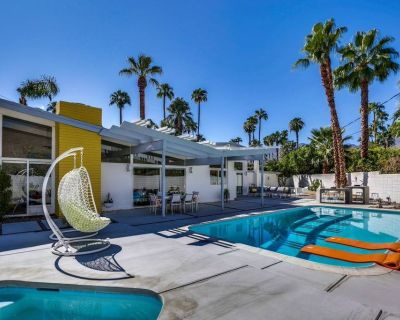 Desirable & well-equipped house w/private gas grill, spa, & outdoor pool - Twin Palms