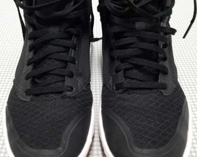 "CHAMPION Boy's ""Inferno"" basketball shoes, Size: 5"