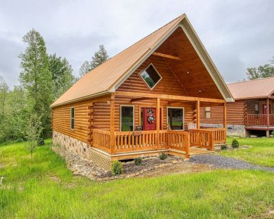 Perfect Cabin Getaway   Built in 2021   HotTub - White Oak Lodge