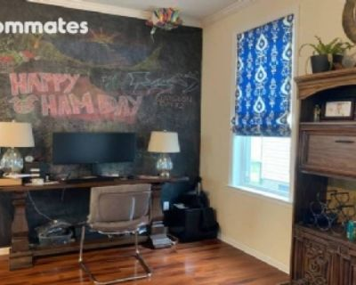 $550 per month room to rent in Park Place available from October 20, 2021