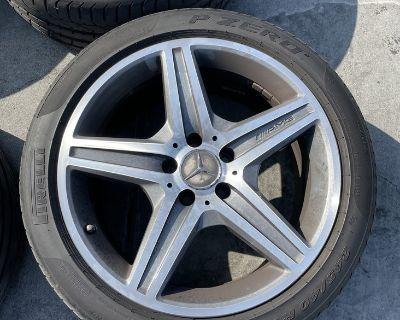 W211 E63 AMG 18 inch one-piece stock wheels