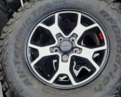 California - Rubicon wheels and tires with TPMS