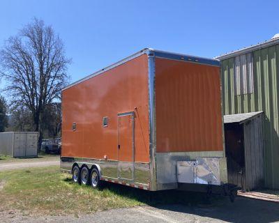 2007 Haui 2 car enclosed stacker trailer