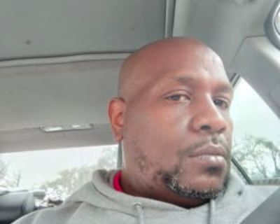 Christopher, 46 years, Male - Looking in: Mobile Mobile County AL