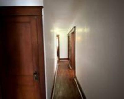 188 Helen St #RIGHTUNIT, Binghamton, NY 13905 4 Bedroom Apartment