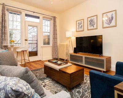 Fully Furnished, Renovated 2Bed w/ Private Balcony - Cleveland Circle