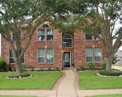 1605 Spring Glen Lane, Pearland, TX 77581