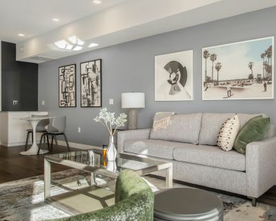 Rent Axis West #4303 in Orlando
