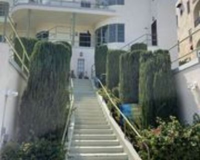 1941 N Mariposa Ave, Los Angeles, CA 90027 3 Bedroom Apartment