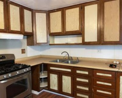 332 Cedar Ave, Brighton, CO 80601 3 Bedroom Apartment
