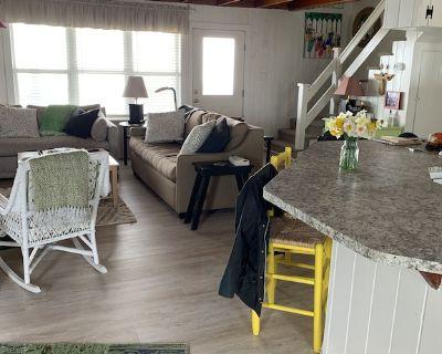 Classic beach house right on the ocean. - Atlantic Beach