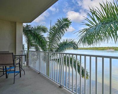 NEW! Waterfront Condo w/Balcony+Views 3Mi to Beach - Pinellas County
