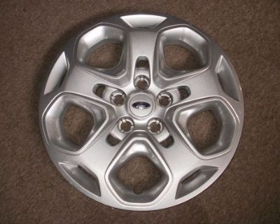 """2010 Ford Fusion 17"""" Wheelcover Hubcap"""