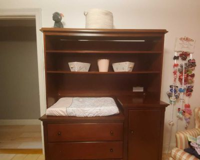 Changing table w/hutch AND crib
