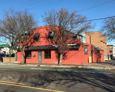 Ann Arbor Kerrytown-Area Office Building for Sale