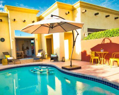 The Bottlebrush -- La Quinta's Santa Fe Hideaway - Desert Club Manor