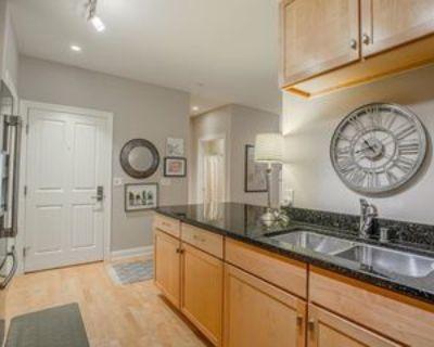 1915 N Water St, Milwaukee, WI 53202 1 Bedroom Condo