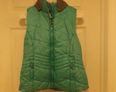 Bongo hooded vest. L