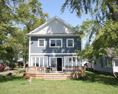 *NEW* Tranquil Lakefront Cottage On Beautiful Sunset Bay In Wainfleet, Ontario - Wainfleet