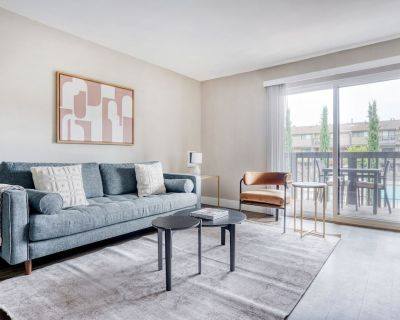 Exquisite Foster City 1BR w/ Gym, Pool, W/d, Near Highways, by Blueground - Foster City