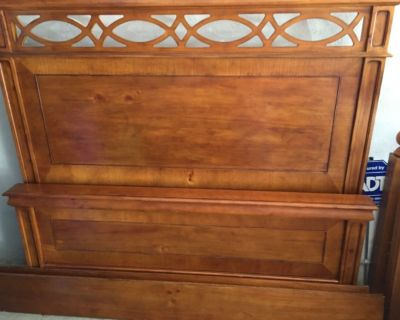 Queen size all wood panel bed
