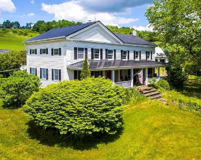 Historic 5 BR Farmhouse Dreamy Country Setting - Stamford