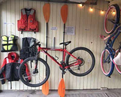 The Stowaway - free car, bikes, kayaks - Sitka