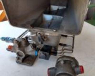 VINTAGE ENDERLE BARN DOOR 8 INJECTORS RARE COMPLETE ALSO ENDERE MAGNEISUM BUG HAT FOR SALE
