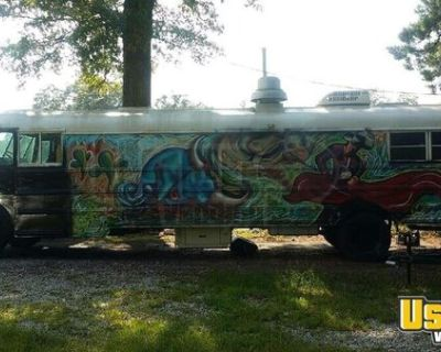 Ready To Work International Food Truck / Used Mobile Kitchen