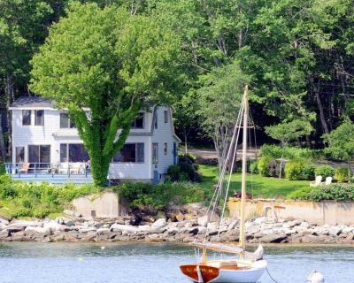 Oceanfront Cottage with Views of Monhegan Island and Lobster Boats - New Harbor