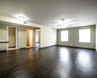 156 W Lee St. - 8 #156-8, Lagrange, KY 40031 3 Bedroom Apartment