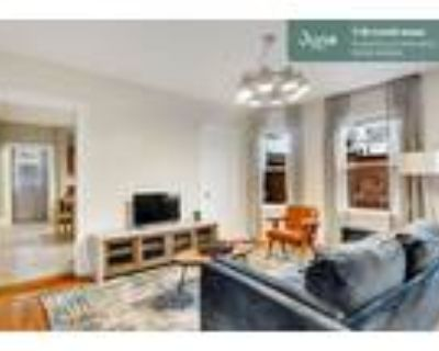 175 Private Room in Columbia Heights 5-bed / 2.0-bath apartment