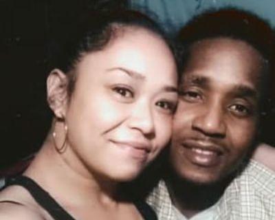 Michael & Kera, 35 & 42 years, - Looking in: Dayton OH