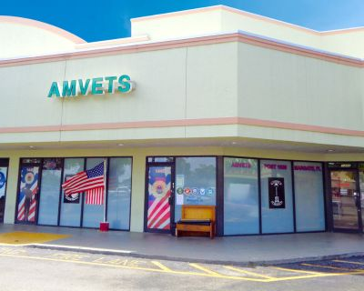 For Lease Retail Space 2,615 SF