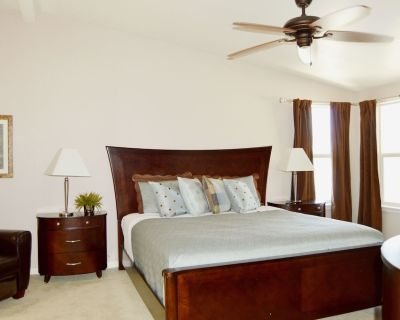 NEW! Gorgeous Havasu Home with Beautiful Lake Views - Havasu Lake