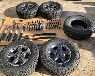 Virginia - Rubicon Gladiator Wheels, Tires (including spare) and Suspension (including both Track Bars)