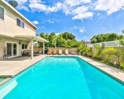 Luxuries Comforts Home near Disneyland w/ Hot Tub, Pool and Fire Pit - Hermosa Village