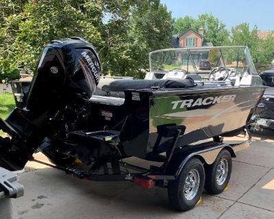 2016 Tracker Targa V-18 WT