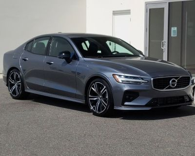 Pre-Owned 2019 Volvo S60 R-Design